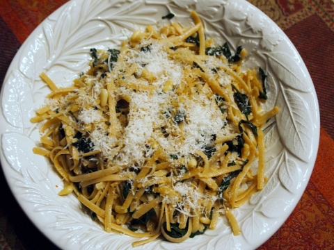 Garlic and Kale Linguine