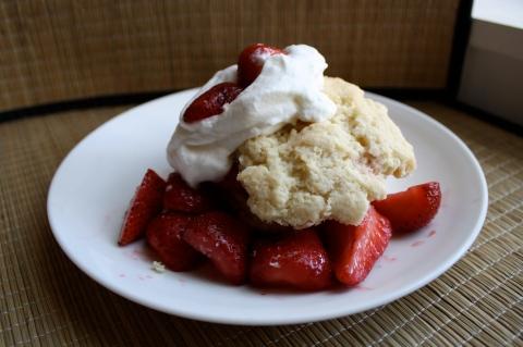Strawberry Shortcake - Sweet and Savory Kitchens