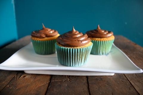 Fluffy Yellow Cupcakes with Milk Chocolate Frosting - Sweet and Savory Kitchens