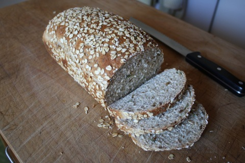 multigrain sandwich bread - Sweet & Savory Kitchens